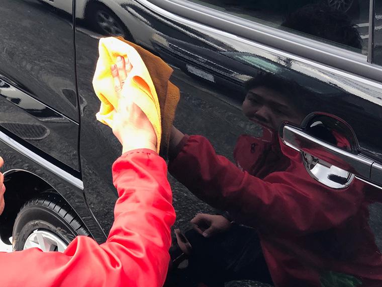 出張洗車の作業工程6